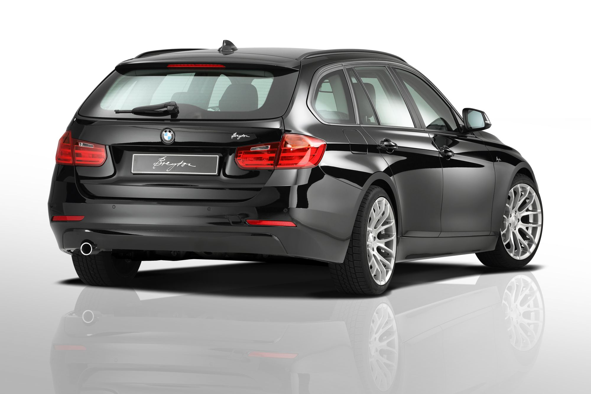 breyton race gts hyper silver 8 5x19 u 9 5x19 bmw 5er e60. Black Bedroom Furniture Sets. Home Design Ideas